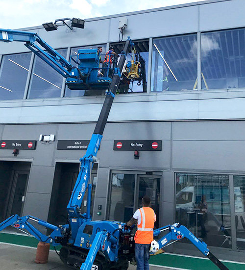 Airport Window Specialist - Airport Window Repair - London City Airport - Misty Glaze