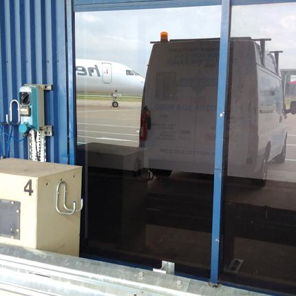 Commercial window contractors